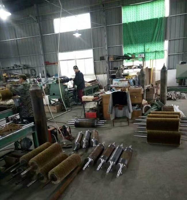 钢丝刷整体缠绕钢丝机械